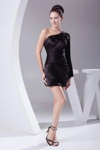 One Shoulder Black Short Prom Gown Dresses with Beading and Ruching