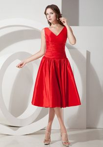 Classic V-neck Taffeta Tea-length Red Semi-Formal Prom Dress Online Store