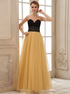Recommended Gold and Black Formal Prom Dresses with Beaded Waist