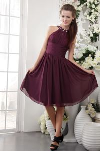 Modest Burgundy Beaded High-neck Knee-length Formal Prom Dresses