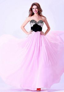Latest Beading Sweetheart Prom Gown with Flower in Auchterarder