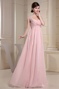 Elegant Baby Pink Prom Gown Dress with Beaded Straps in Monikie