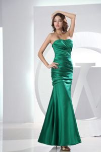 Newest Mermaid Strapless Ruched Green Prom Dress in Tonbridge