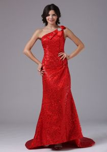 Red One Shoulder Sequined Prom Attire with Brush Train in Arcadia California