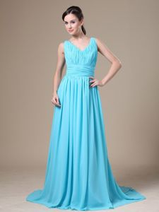 V-neck Ruched Semi-formal Prom Dress in Aqua Blue in Whyalla SA