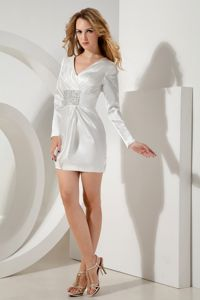 Annapolis White V-neck Beading Prom Gowns with Long Sleeves in Mini-length
