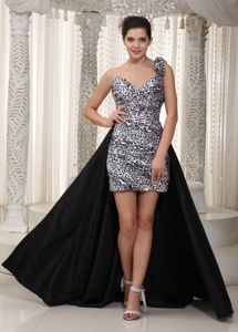 Black and White High-low Column Prom Dress with One Shoulder in Allyn