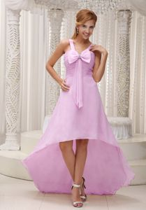 Graceful High-low Pink Straps Ruched Prom Gown Dress with Bow