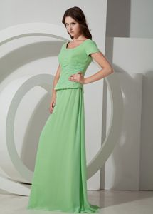 Apple Green Empire Scoop Neck Long Prom Dresses for Mother of the Bride