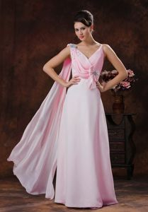Baby Pink V-neck Chiffon Beaded Prom Dress with Watteau Train in Adelaide