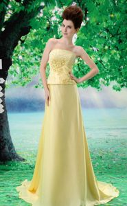 Beaded Chiffon Yellow Strapless Prom Dress with Court Train in Appleton