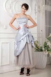 Tea-length Taffeta and Tulle Beaded Prom Outfits with Flower Accent