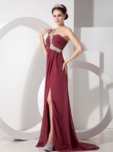 Burgundy High Slit Beading Senior Prom Dress with the Back out