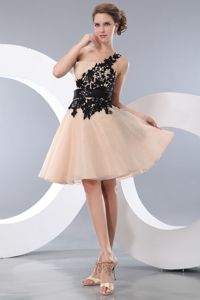 Champagne One Shoulder Mini-length Junior Prom Dress with Black Appliques
