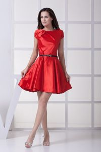 Red Scoop Short Sleeves Mini-length Junior Prom Dress with Belt in Gas City