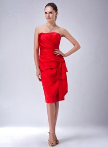 Impressive Strapless Red Ruched Short Prom Attire in the Mainstream