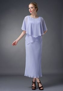 Modernistic Tea-length Chiffon Scoop Neck Lilac Prom Dress with Cape