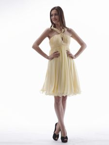 Latest Zipper-ups Yellow Short Informal Prom Dress with Beaded Straps