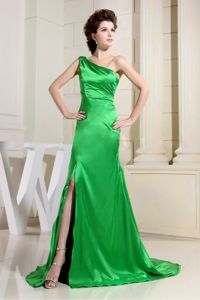 Popular Spring Green One Shoulder Slitted Formal Prom Dresses for Girls