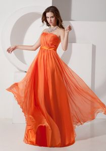 Strapless Chiffon Ruched Floor-length Prom Outfits in Orange Red