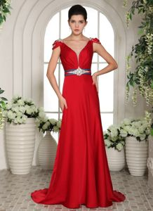 V-neck Red Beaded and Ruched Prom Gowns with Cap Sleeves in Everett