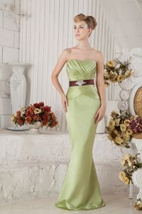 Yellow Green Junior Prom Dress with Beading and Sash in Milwaukee