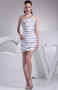 Impressive Single Shoulder Beading White Prom Dresses in Cookstown