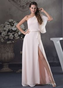 Perfect One Shoulder Dress for Prom with Slit on the Side in Down