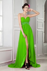 Spring Green High Slit Sweetheart Senior Prom Dress with Beading