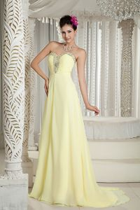 Yellow Brush Train Sweetheart Dress for Prom with Beads Fashion