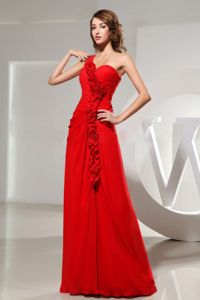 Latest One Shoulder Red Prom Gown Dress with Raw--edge Rosettes