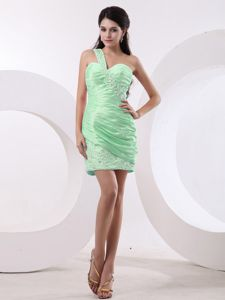 Short One Shoulder Beading Ruched Prom Dresses in Spring Green