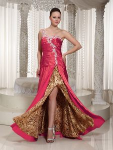 Sexy One Shoulder Ruffled Prom Dress with Beading and High Slit in Huntington