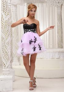 Sweet Mini-length Prom Gown in Pink and Black with Appliques in Alma