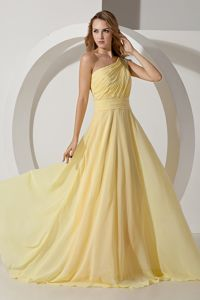 Light Yellow Ruched One Shoulder Brush Train Beaded Formal Prom Dress