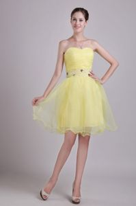 Sweetheart Yellow Short Junior Prom Dresses with Beaded Waist in Boise USA