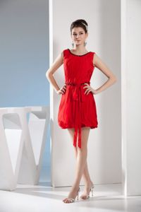 Scoop Neck Mini-length Red Junior Prom Dress with Sash for Cheap Price