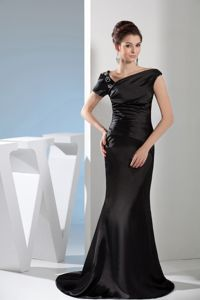 Classic Black Formal Prom Dress for Summer with Asymmetrical Neckline