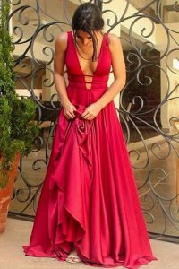 Flirting Red V-neck Neckline Beading Prom Evening Gown Sleeveless Criss Cross