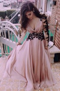 Free and Easy V-neck Long Sleeves Chiffon Prom Gown Ruching Zipper