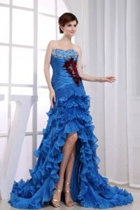 Hot Royal Blue Ruffled High-low Prom Outfits with Feather and Beads
