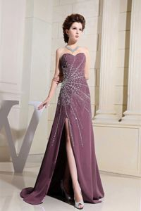2013 Free Shipping Slitted Beaded Burgundy Formal Prom Attire Patterns