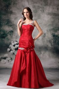 Mermaid Straps Appliqued Prom Outfits with Brush Train in Red in Midland
