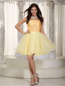 Strapless Mini-length Organza Ruched Prom Dresses in Light Yellow
