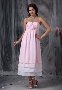 Plus Size Sweetheart Ruched Tea-length Chiffon Pink Prom Dress with Flower