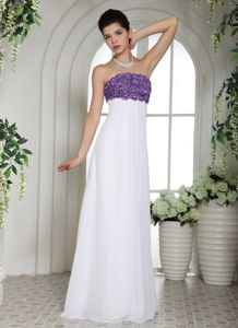 2013 Affordable White Chiffon Long Prom Dress with Purple Appliques