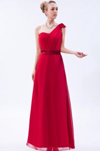 Red One Shoulder Floor-length Chiffon Ruched Prom Dress in Memphis