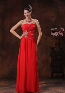 Affordable Zipper-up Beaded Long Red Prom Gown Dresses under 150