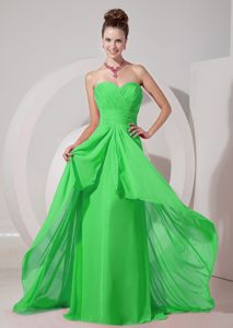 Brush Train Spring Green Sweetheart Senior Prom Dress with Ruche