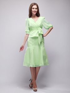 V-neck Half Sleeves Yellow Green Knee-length Prom Dresses with Sash in Charleston